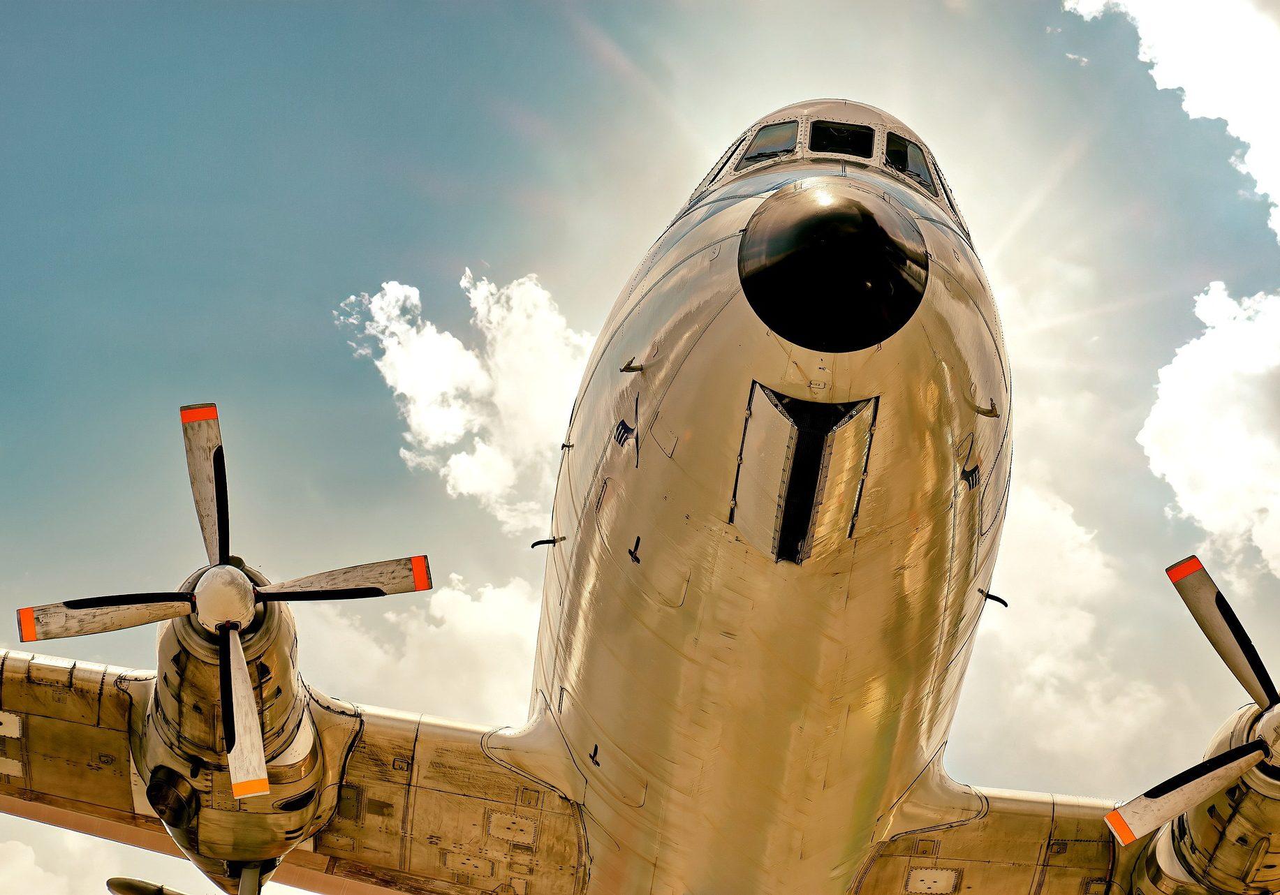 plane-6559698_1920